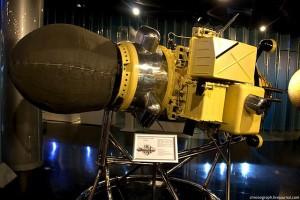 1:1-Modell von Luna-9 im Raumfahrtmuseum Moskau