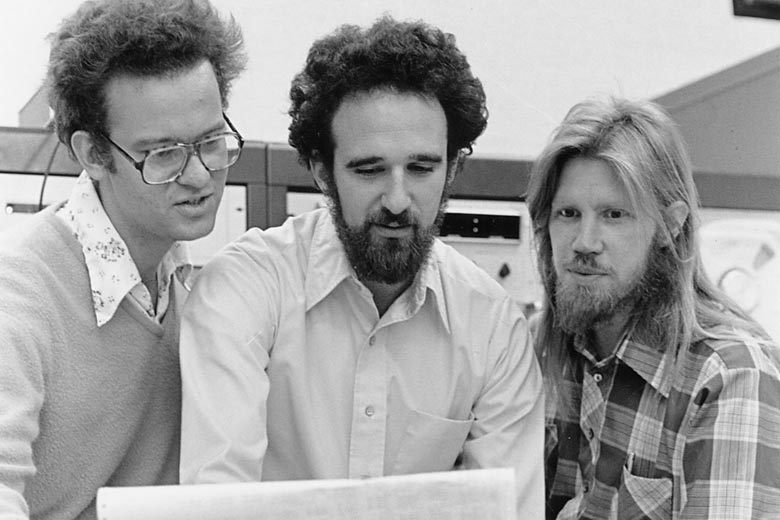 Ralph Merkle, Martin Hellmann und Whitfield Diffie (von links) 1977