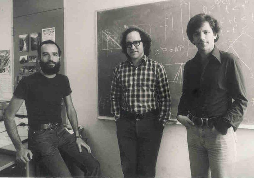 Adi Shamir, Ronald Rivest und Leonard Adleman (von links) um 1977