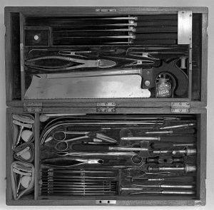 Instrumente eines Chirurgen im Krimkrieg