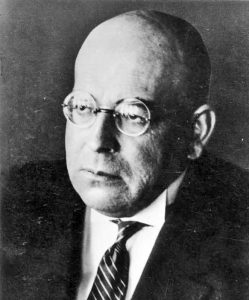 Oswald Spengler (Bundesarchiv, Bild 183-R06610 / CC-BY-SA 3.0)