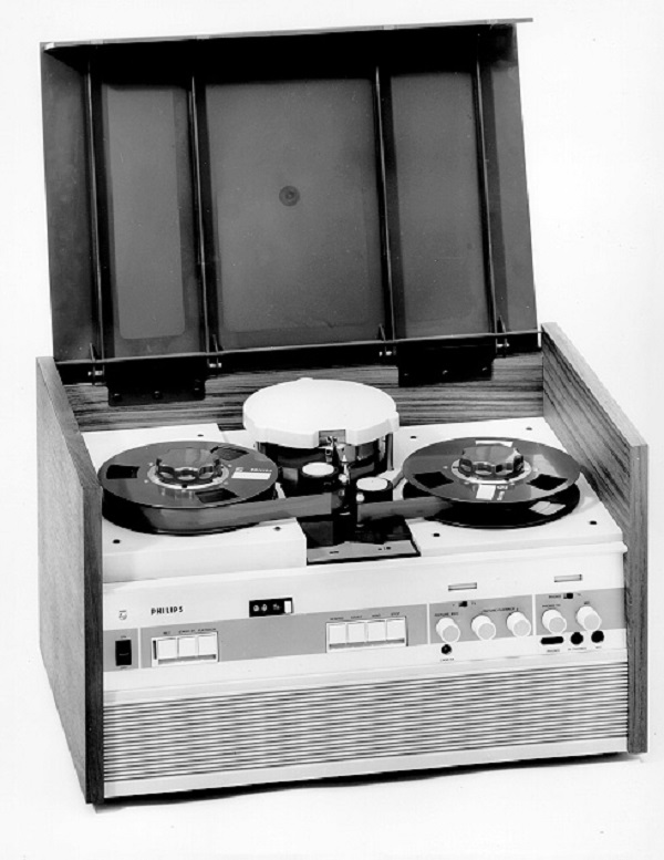 video-recorder 3400 von Philips aus dem Jahr 1964 (Foto Philips)