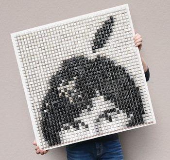 PixelKunst von Peter Schönwandt - erkennen Sie die dargestellte Person?