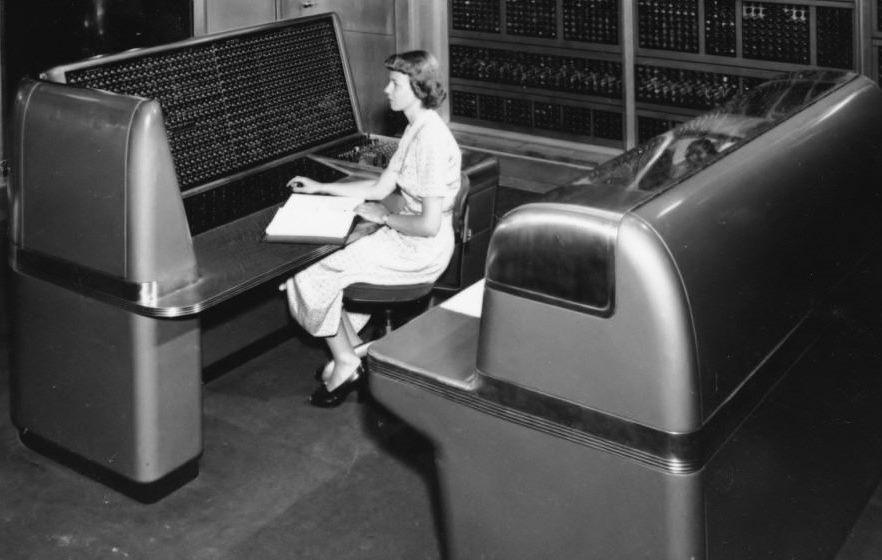 Ein Elektronengehirn in New York   HNF Blog